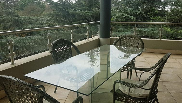 Terrace at Weom Apartments - Citybase Apartments