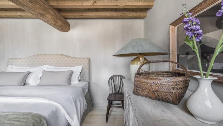 Bed at the Katelijne Apartment - Citybase Apartments