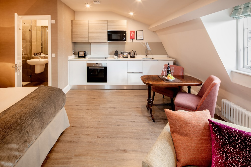 Kitchen facilities at  Beech House Serviced Apartments - Citybase Apartments