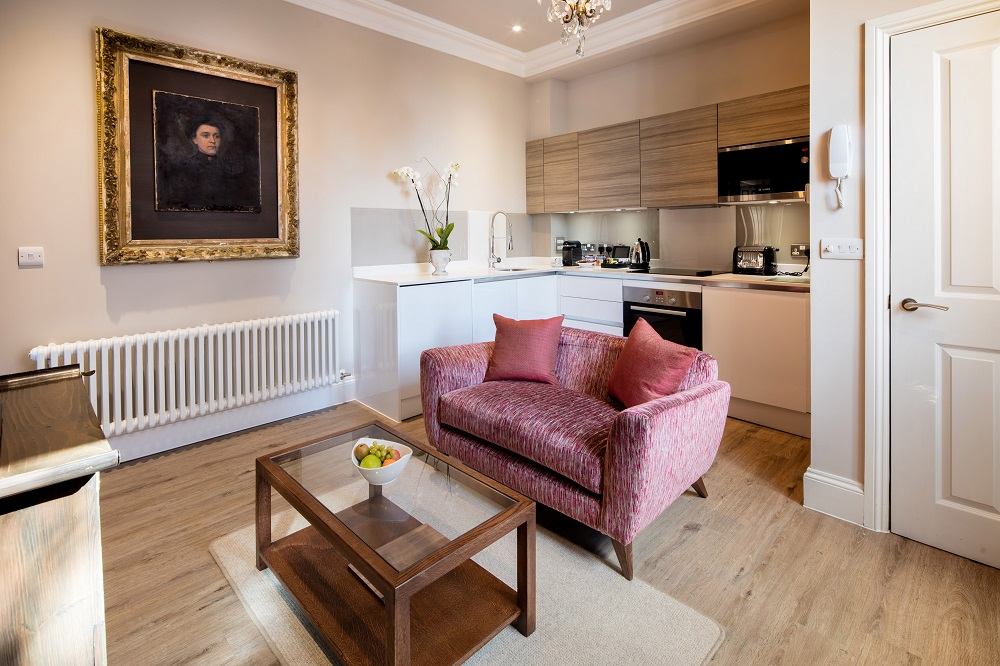 Traditional living room at  Beech House Serviced Apartments - Citybase Apartments