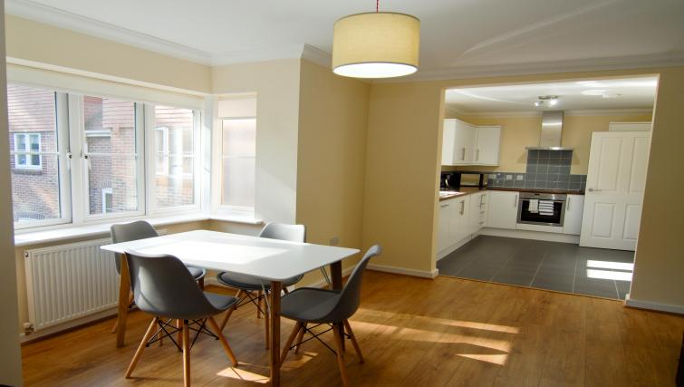 Kitchen/dining area at Room and Roof Southampton Apartments - Citybase Apartments