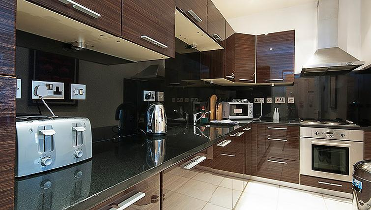Equipped kitchen at 20 Hertford Street Apartments - Citybase Apartments