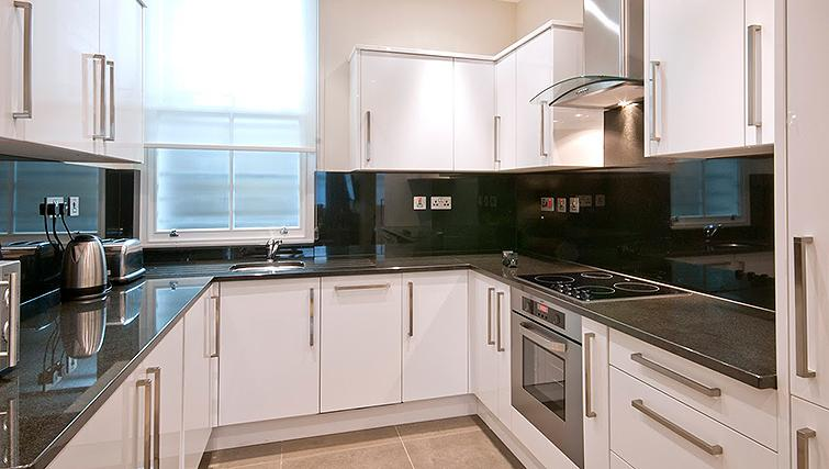 Well equipped kitchen at 20 Hertford Street Apartments - Citybase Apartments