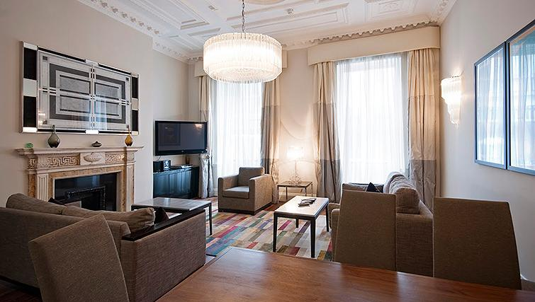 Living area at 20 Hertford Street Apartments - Citybase Apartments