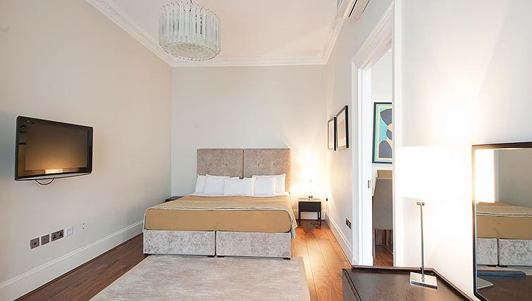 Light bedroom at 20 Hertford Street Apartments - Citybase Apartments