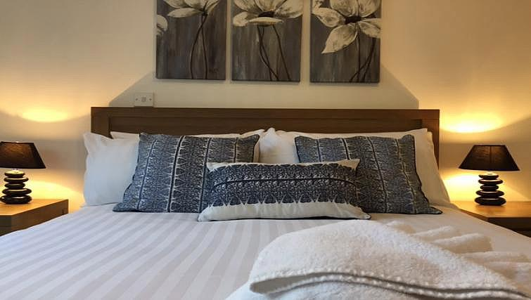 Bed at London Square Apartment - Citybase Apartments
