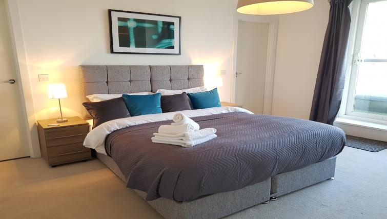 Large bedroom at the River View Point Pleasant Apartment - Citybase Apartments