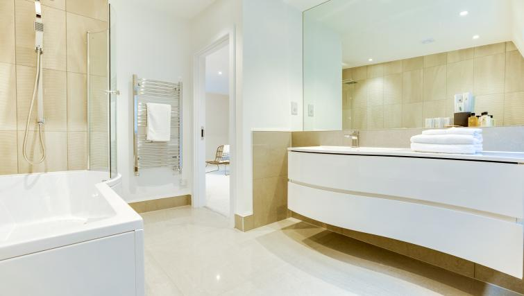 Sleek bathroom at the South Kensington Bute Street Apartments - Citybase Apartments