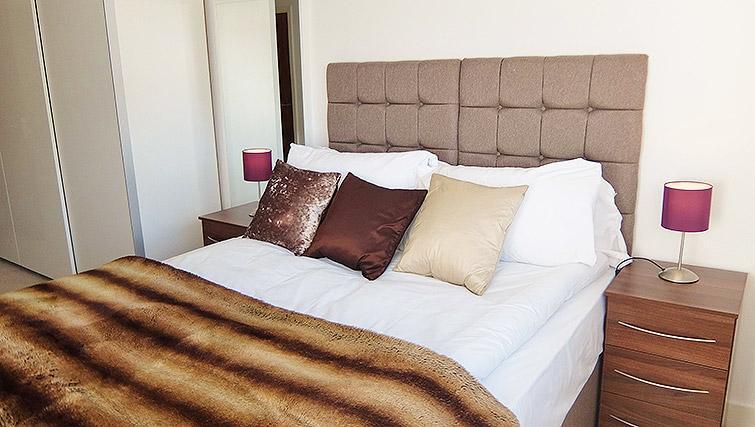 Stylish bedroom at the Ruislip Apartments - Citybase Apartments