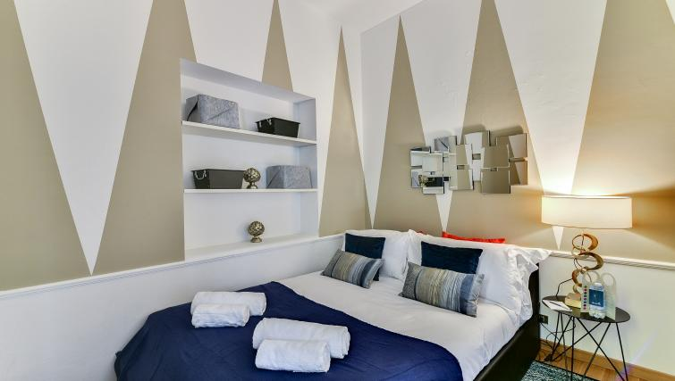 Bed at the Ciovasso Apartment - Citybase Apartments