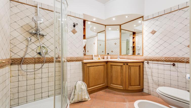 Bathroom at Pantheon Apartment - Citybase Apartments
