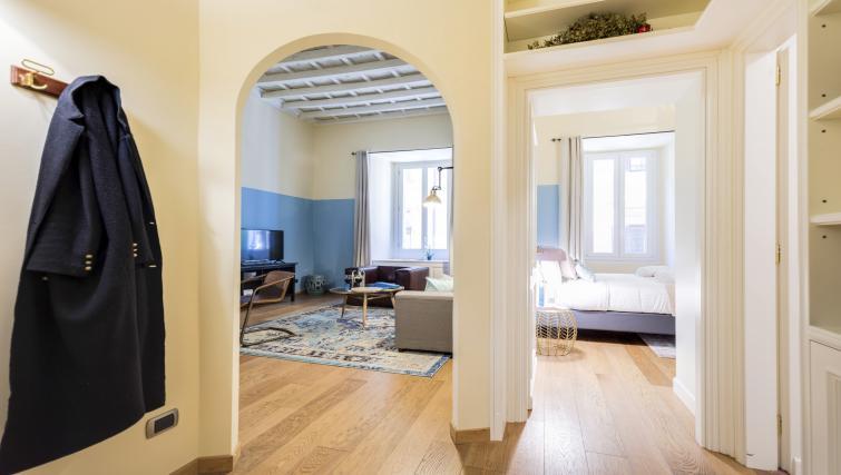 Hallway at Pantheon Apartment - Citybase Apartments