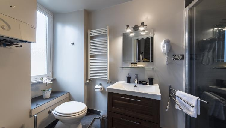 Bathroom at Caracciolo Apartment - Citybase Apartments