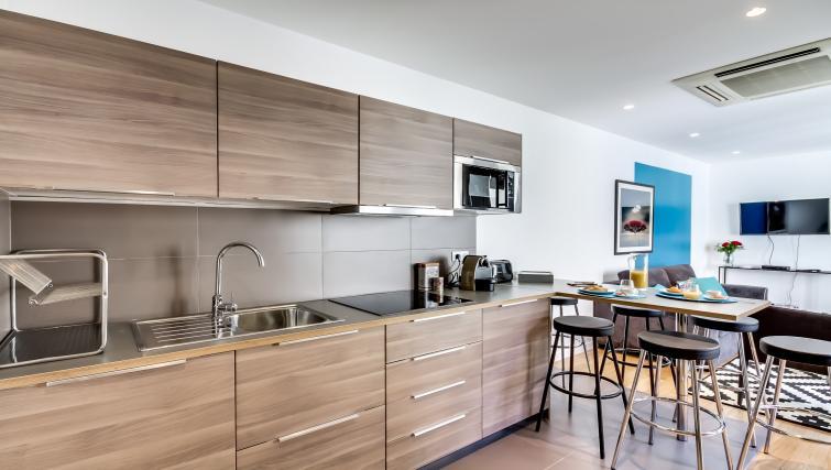 Kitchen at Boetie Apartments - Citybase Apartments