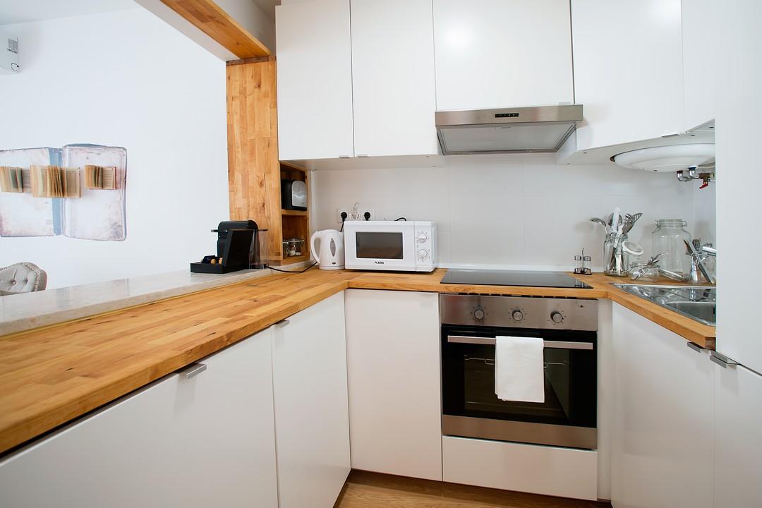 Kitchen at Gloria Apartments - Citybase Apartments