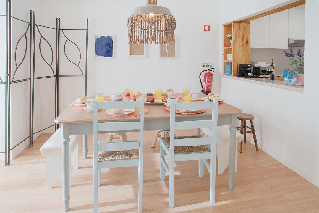Dining table at Gloria Apartments - Citybase Apartments