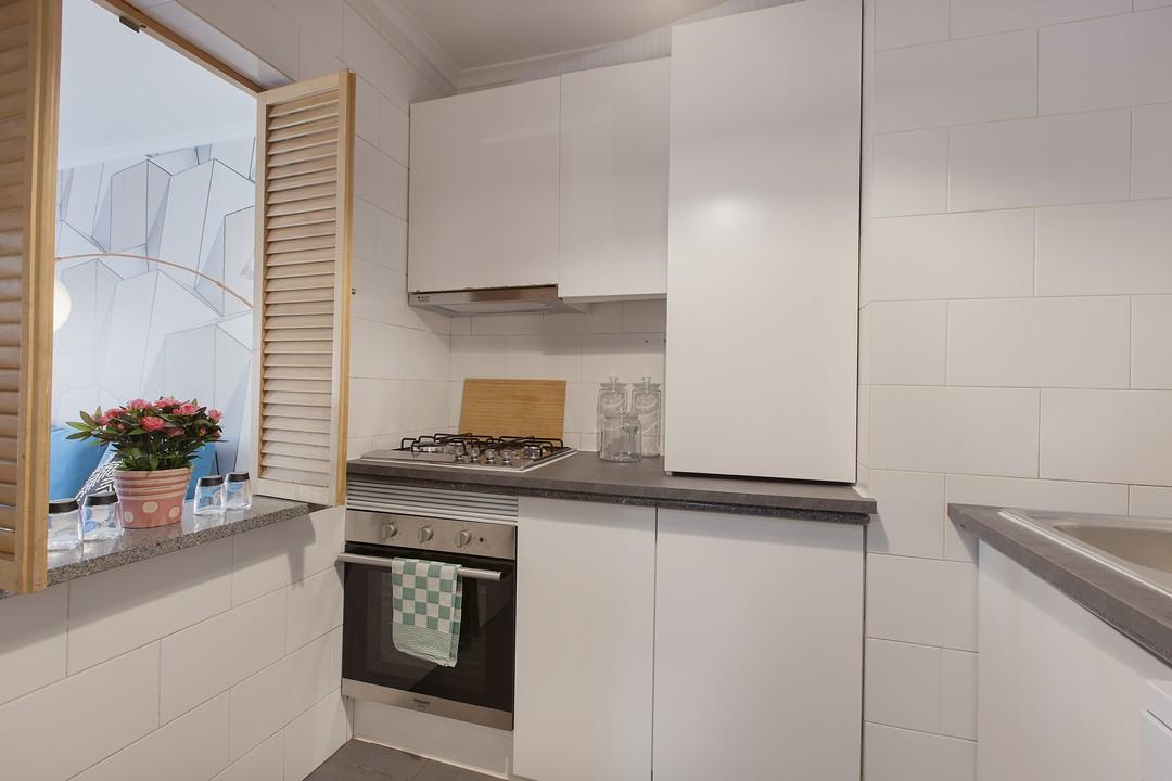 Kitchen facilities at Liberdade Executive Apartments - Citybase Apartments