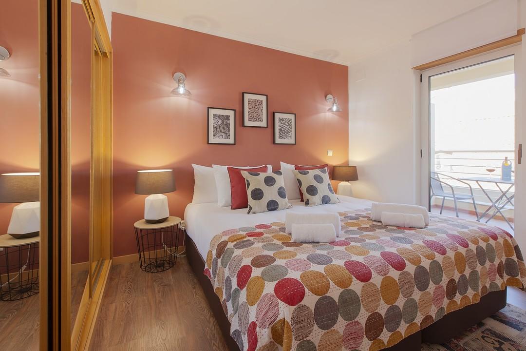 Comfortable bed at Liberdade Executive Apartments - Citybase Apartments