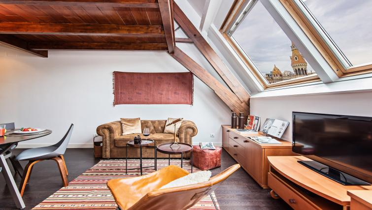 Lounge at Paseo de Gracia Apartments - Citybase Apartments