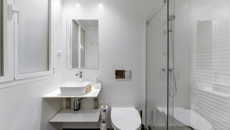 Bathroom at the San Bernardo Apartment - Citybase Apartments