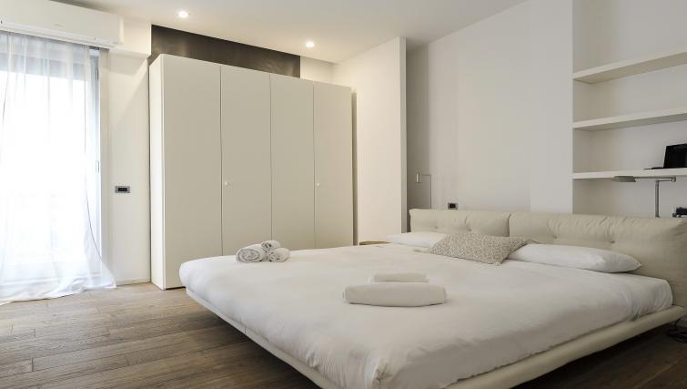 Bedroom at Foro Buonaparte Apartment - Citybase Apartments
