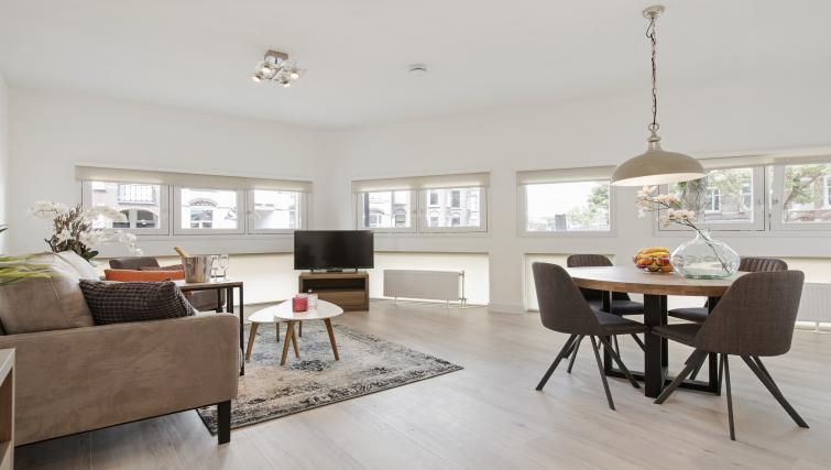 Spacious living area at the Windmill Apartments - Citybase Apartments