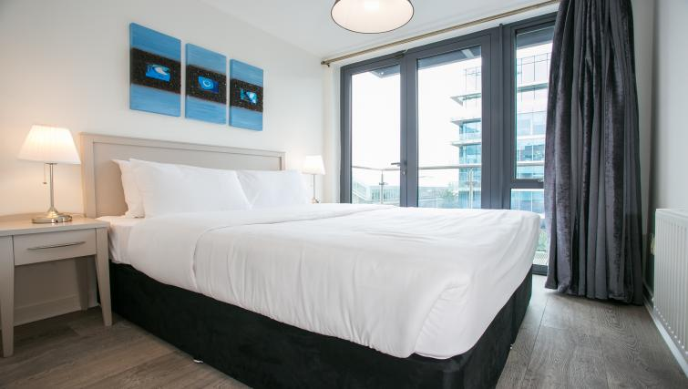 Bed at the Grand Canal Apartments - Citybase Apartments