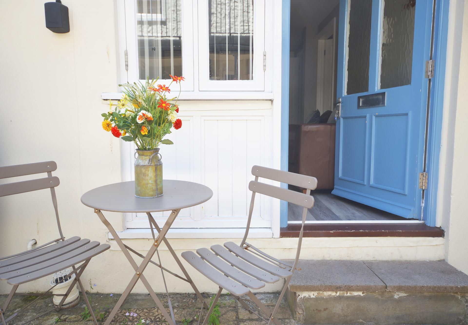 Terrace at Trinity Mews Apartment, Babbacombe, Torquay - Citybase Apartments