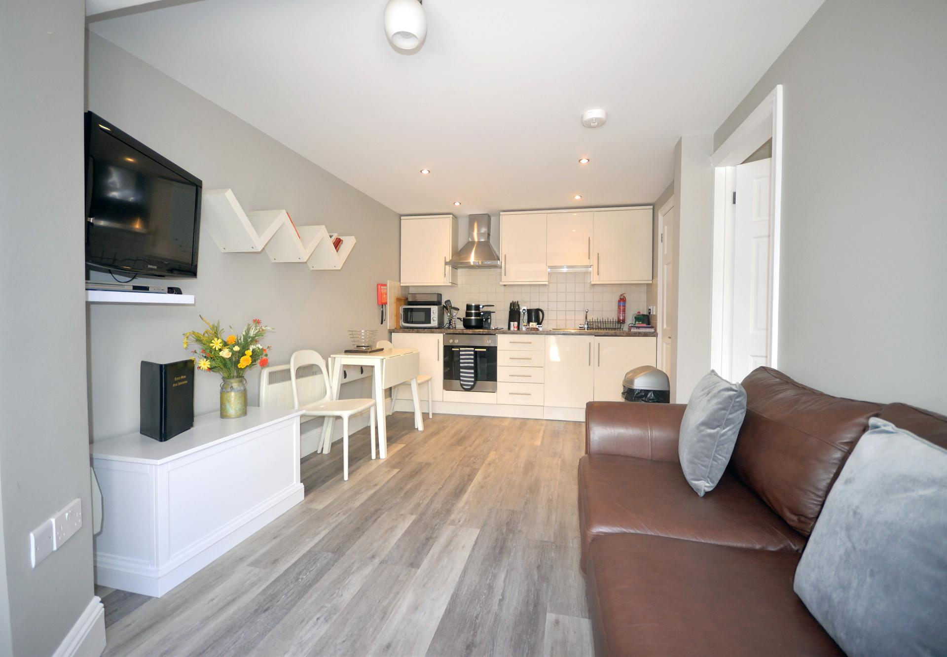 Open-plan at Trinity Mews Apartment, Babbacombe, Torquay - Citybase Apartments
