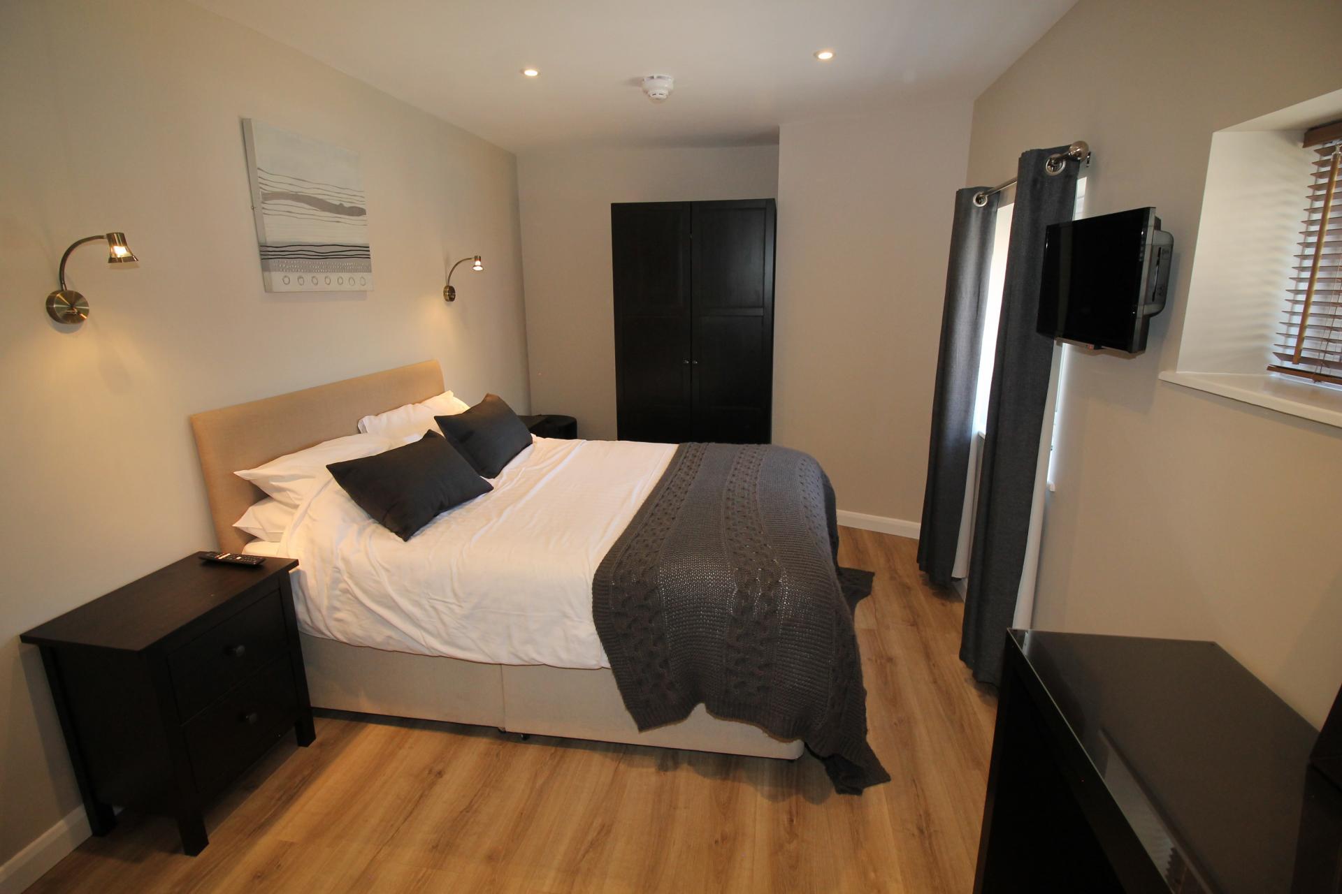 Bedding at No 18 Apartments - Citybase Apartments