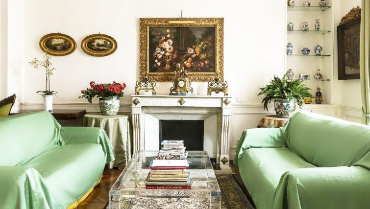 Living room at Bonaparte Apartment - Citybase Apartments