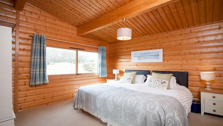 Bedroom at the South Winchester Lodges - Citybase Apartments
