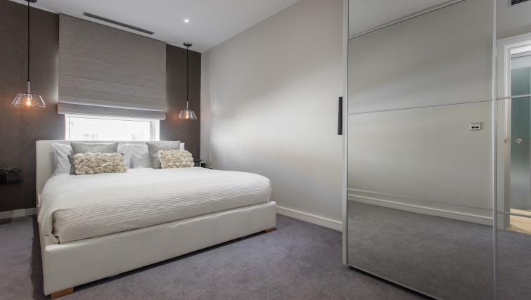 Double bedroom at 1 Harrington Gardens - Citybase Apartments