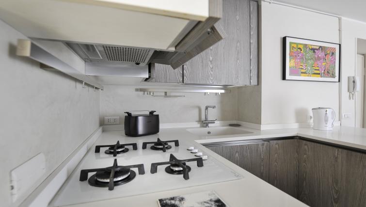 Kitchen facilitties at Via Orti Apartment - Citybase Apartments
