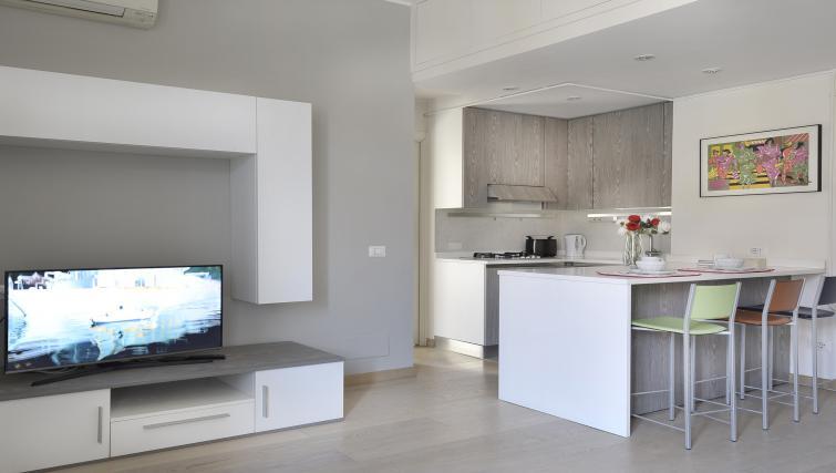 Modern kitchen at Via Orti Apartment - Citybase Apartments