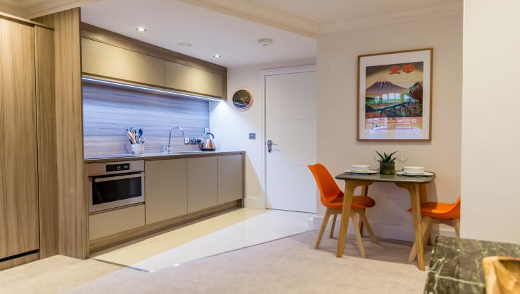 Dining at Cocoa Suites - Citybase Apartments