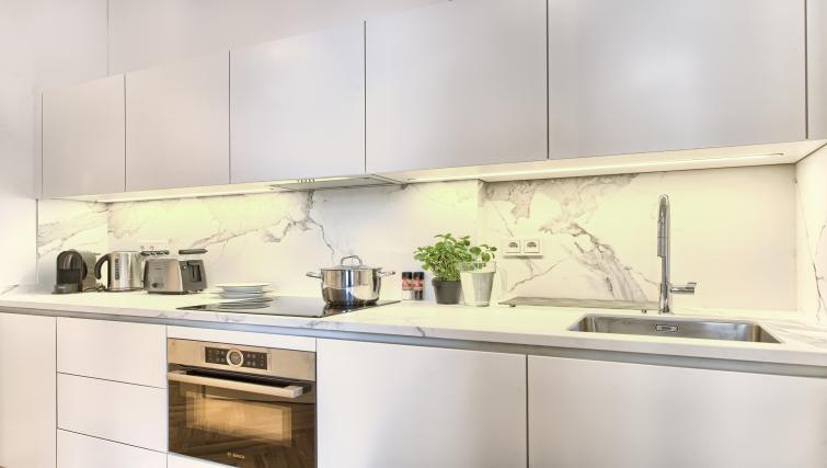 Kitchen facilities at Jilska Palace Apartments - Citybase Apartments