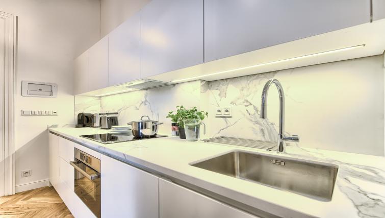 Kitchen at Jilska Palace Apartments - Citybase Apartments