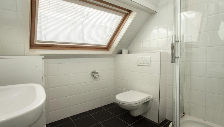 Bathroom at Stayci Noordeinde Apartments - Citybase Apartments
