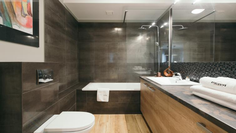 Bathroom at the Waterlane Residence Apartments - Citybase Apartments