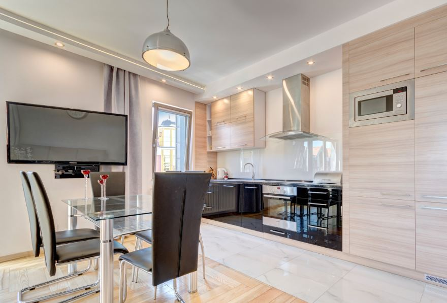 6 chairs at Waterlane Residence Apartments, Srodmiescie, Gdansk - Citybase Apartments