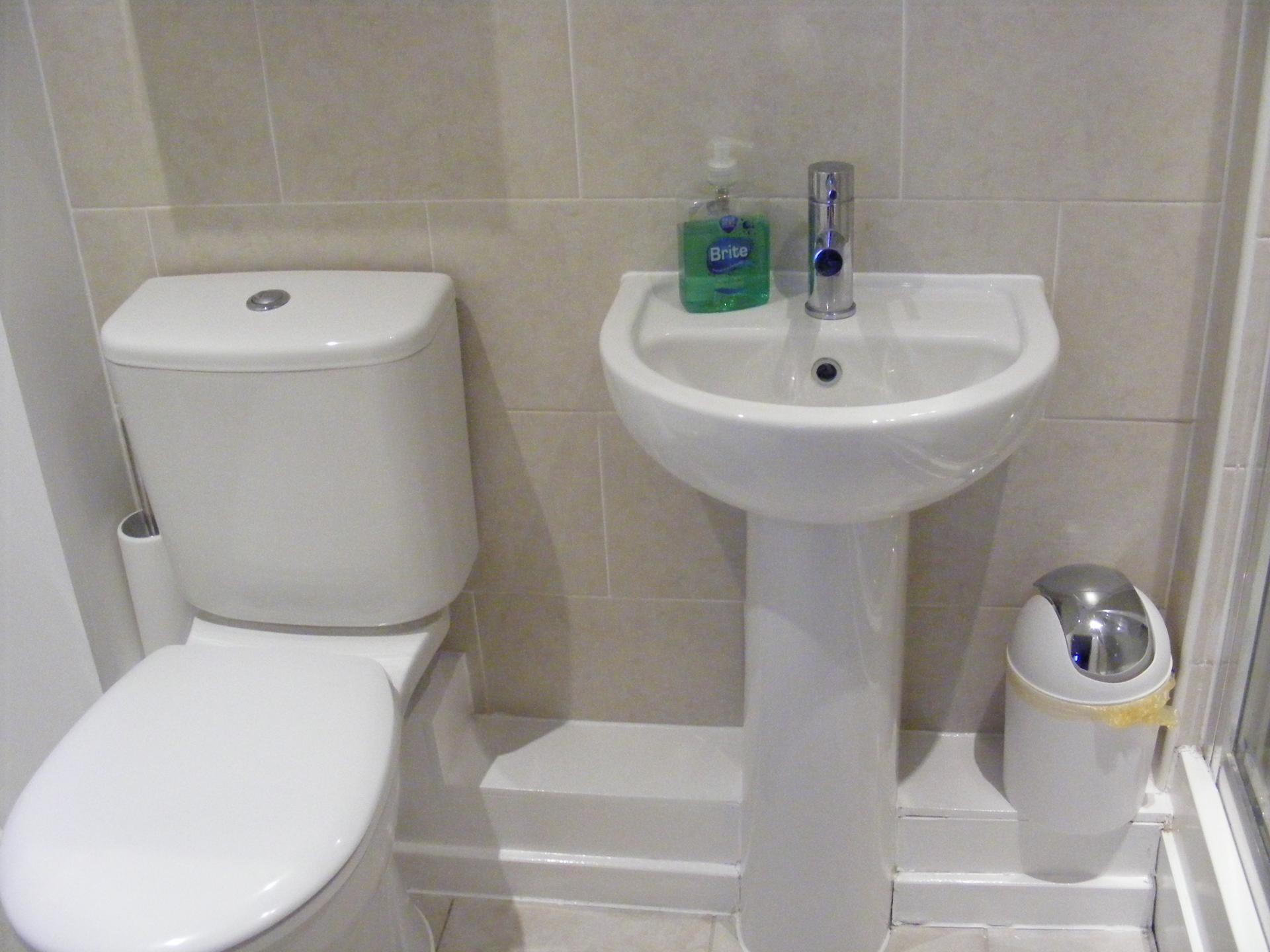 Bathroom at Baystays Apartments, Centre, Swansea - Citybase Apartments