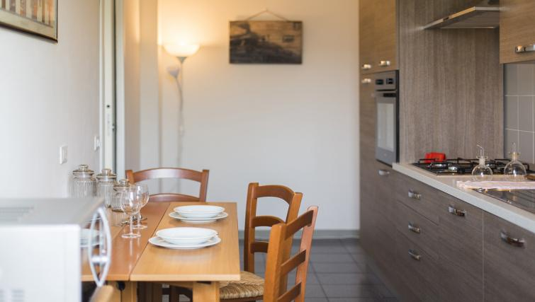 Dining area at the Bande Nere Apartment - Citybase Apartments
