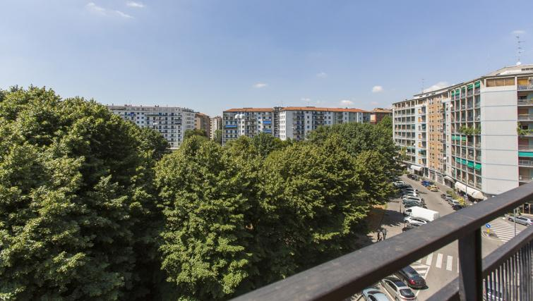 Views at the Bande Nere Apartment - Citybase Apartments