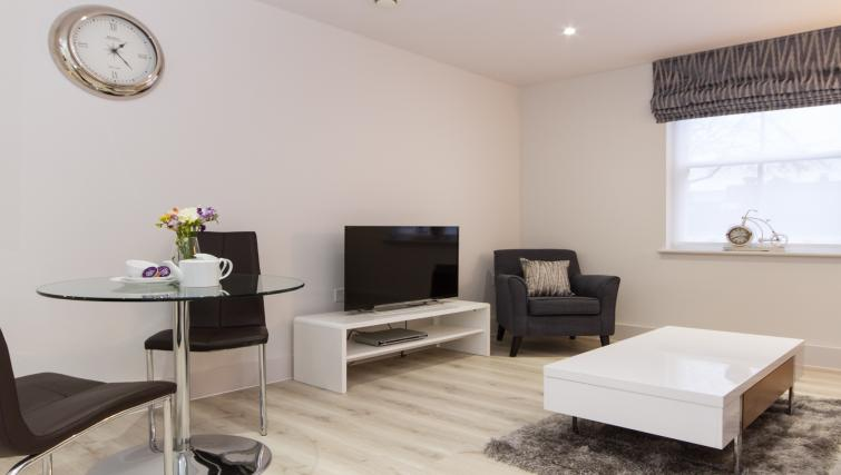 Lounge at the Midsummer Mews - Citybase Apartments