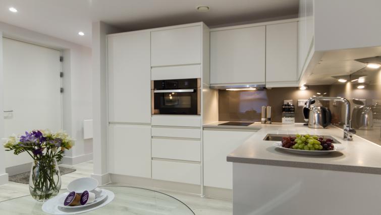 Kitchen facilities at the Midsummer Mews - Citybase Apartments