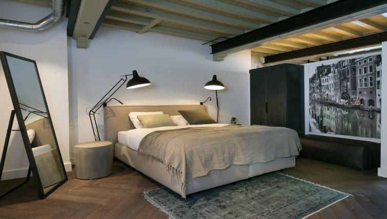 Bedroom at Oudegracht 152E Apartments - Citybase Apartments