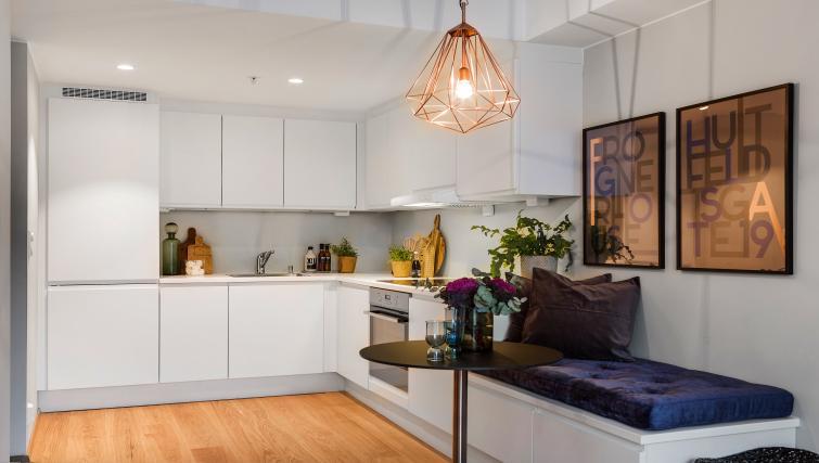 Modern kitchen at Huitfeldtsgate 19 Apartments - Citybase Apartments