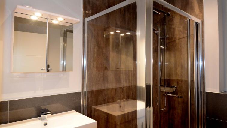 Bathroom at Dunara Suites - Citybase Apartments