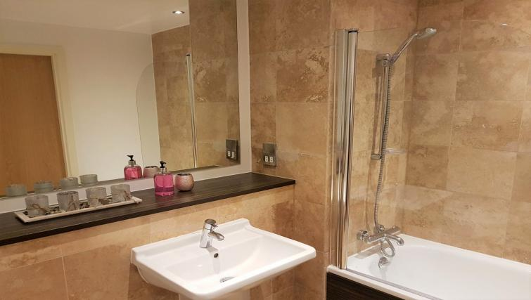 Bathroom at IncityNow Media City Penthouse - Citybase Apartments
